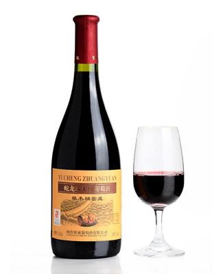 蛇龙珠干红葡萄酒橡木桶窖藏
